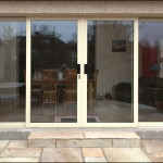 Centre sliding patio doors